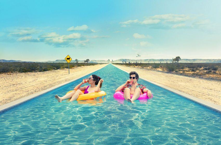 Film Palm Springs: Dá sa zamilovať v časovej slučke?
